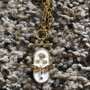 Necklace perfect for layering
